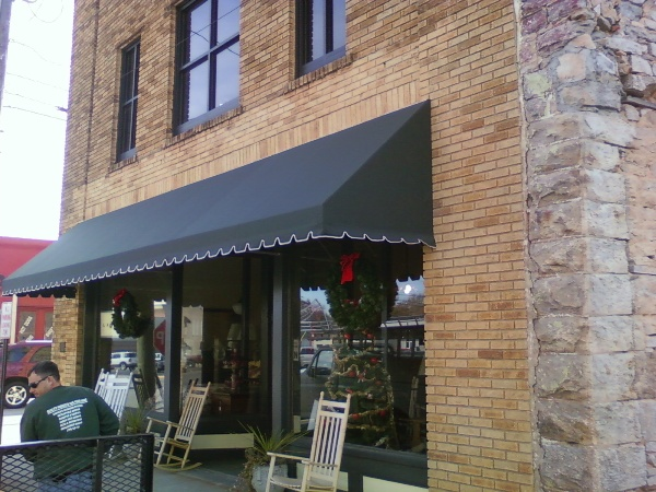 Best And Prominent Residential Canves Awnings Manufacturer Service Provider